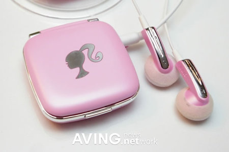 gadget-barbie-mp3-player