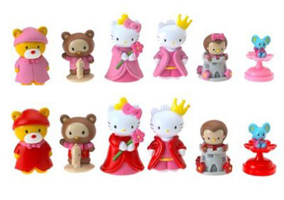 hello kitty chess set pieces
