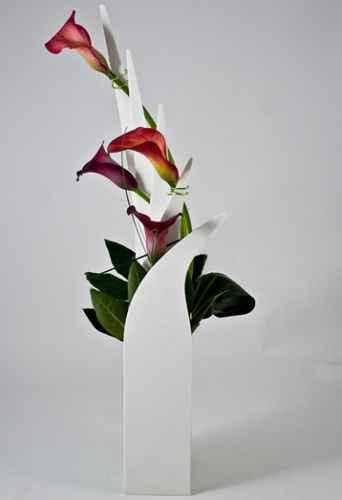vase side
