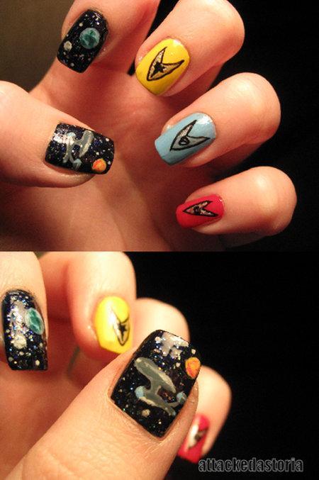 Star Trek Fingernail Painting