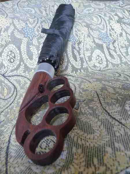 rosewood knuckles umbrella1