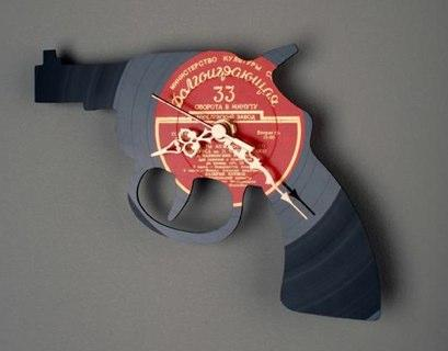 vinyl record revolver art
