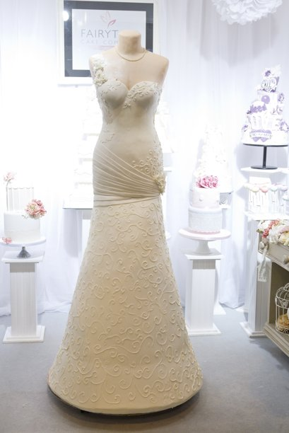 Wedding Gown Made Of Cake 2