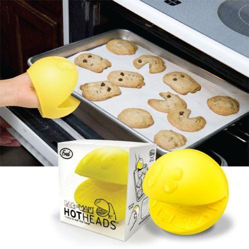 pacman over mitts kitchen gadget