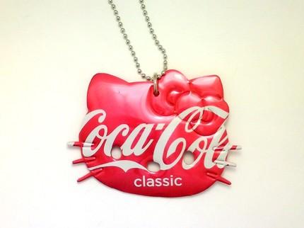 hello kitty necklace coca cola soda can