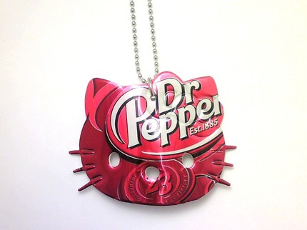 hello kitty necklace dr pepper soda can