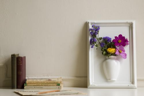 framed_vase