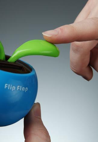 flip_flop_solar_plant_inhand