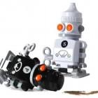 salt_and_pepper_robots