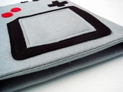 Gameboy iPad Sleeve 2