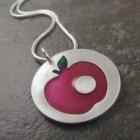 apple-pendant1