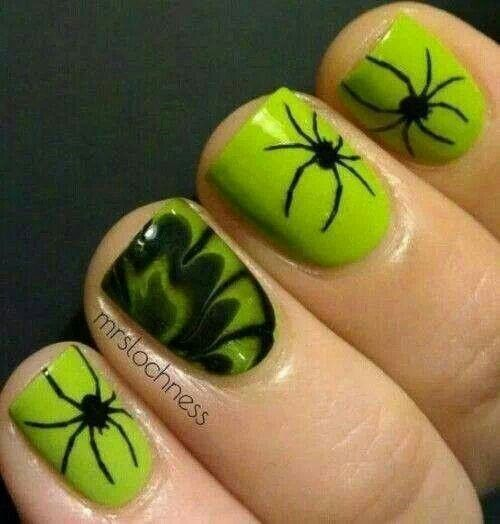 Spooky Halloween Nails Art 2