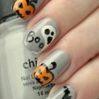 Spooky Halloween Nails Art 3