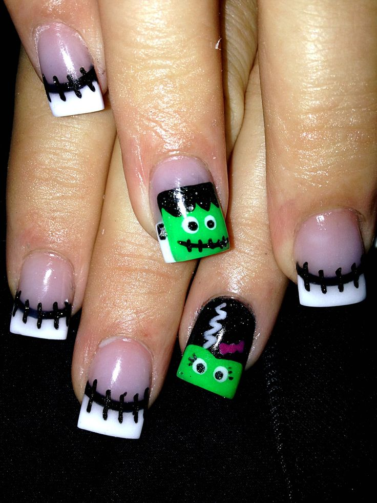 Spooky Halloween Nails Art 5